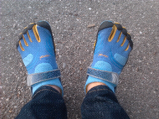 Wearing the Vibram Five Fingers